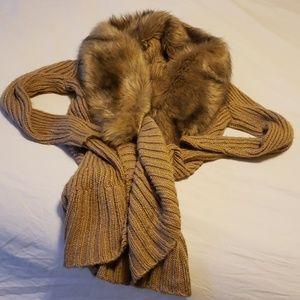 Faux fox fur collar tan/gold long sweater coat